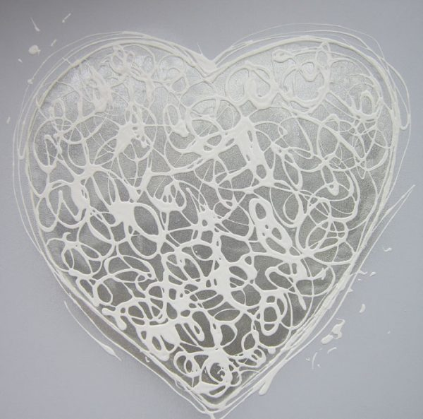 2125 Sparkle Heart (with resin highlights)
