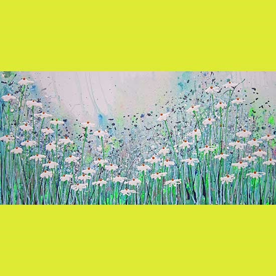 2207 Daisy cascade (with glitter and bee)