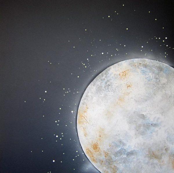 A Moon Kiss